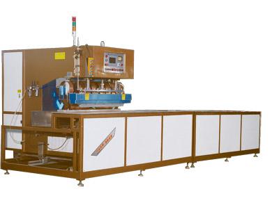 久罗轨道式膜材焊接机,会行走的焊接机